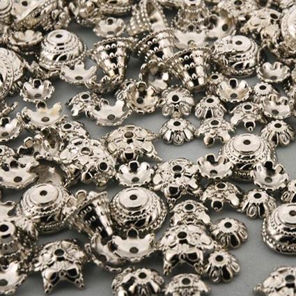 Perles capsules argentées